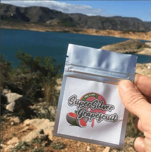 Ultra Genetics - Super Silver Grapefruit seeds in pack